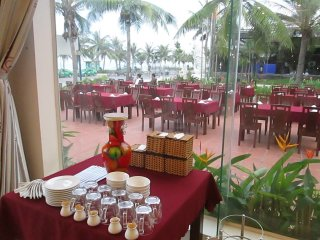 LIDO Beach Bar Danang © Lido Restaurant