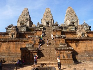 Transfer: Angkor Small and Grand Circuit Temples