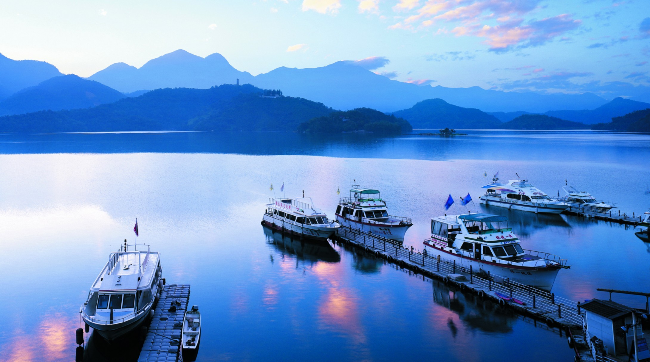 Sun Moon Lake  Day Tour