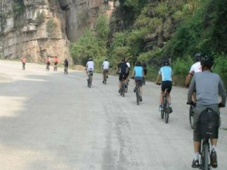 BIKING full day - HA NOI to TAM COC LIMESTONE