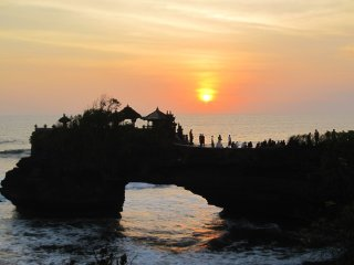 Bali Tanah Lot Ubud and Uluwatu Tour