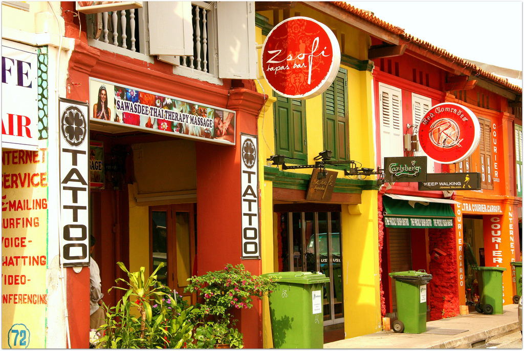 half day in the neighbourhood little india singapore. Black Bedroom Furniture Sets. Home Design Ideas