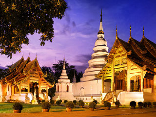 A Day Discovering Chiang Mai City and Temples