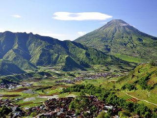 A Glimpse of Yogya Dieng - 4 Day 3 Night