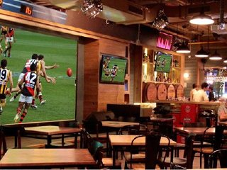Stadium Sports Bar © STADIUM CAFE