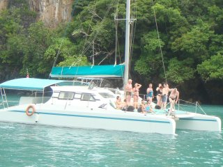 Discover Langkawi Day Cruise (Sharing of Vehicle and Yacht Tour)
