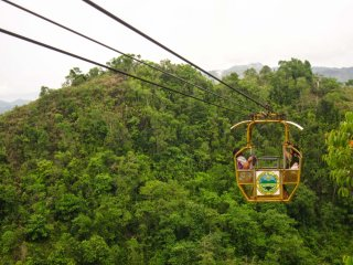 Private transfer : Eat Danao Total Eco Adventure Round Trip © Boholtours