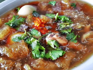 Mit Pochana Fish Maw Soup
