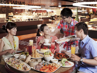 Harbour Buffet Restaurant-Grand Hi Lai Hotel © http://www.grand-hilai.com/