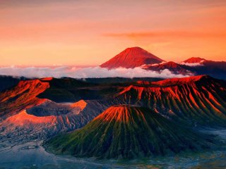 Mount Bromo Tour Package 2D1N ( Sharing tour )