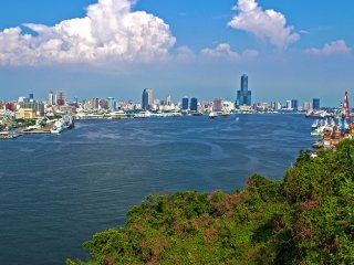 Private Transfer: From  Kaohsiung - A Sacred Conversation © roundtaiwan