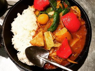 Vegetable Curry – Camp © Kentaro Fujiwara