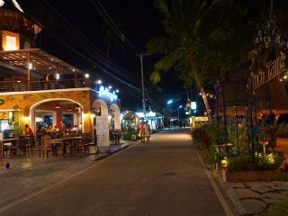 Fisherman's Village Walking Street © Jus T Vattanagorn