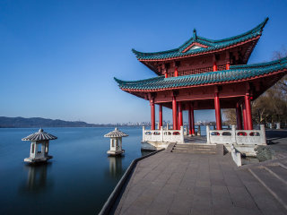 Hangzhou Bike Half Day Tour © tourbeijing