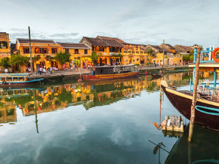 how to travel from danang to hue